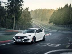 Nouveau record au Nürburgring pour la Honda Civic Type R