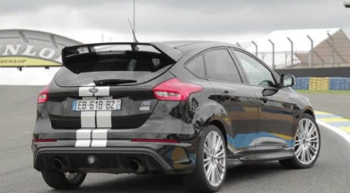 Supertest Ford Focus RS 2017 par le magazine Sport Auto