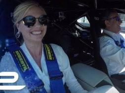 Baptême de piste pour Kate Upton : «Fais moi peur !»