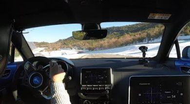 La nouvelle Alpine A110 retrouve les routes glissantes comme à la belle époque
