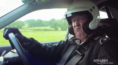 Ken Clarkson ou Jeremy Block dans Farmkhana