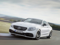 La Mercedes AMG Classe C 63 est tout en muscle