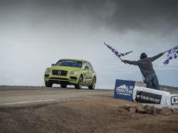 Le Bentley Bentayga roi de Pikes Peak