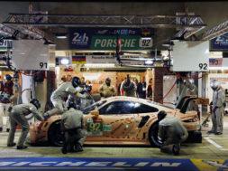 Porsche rules le mans