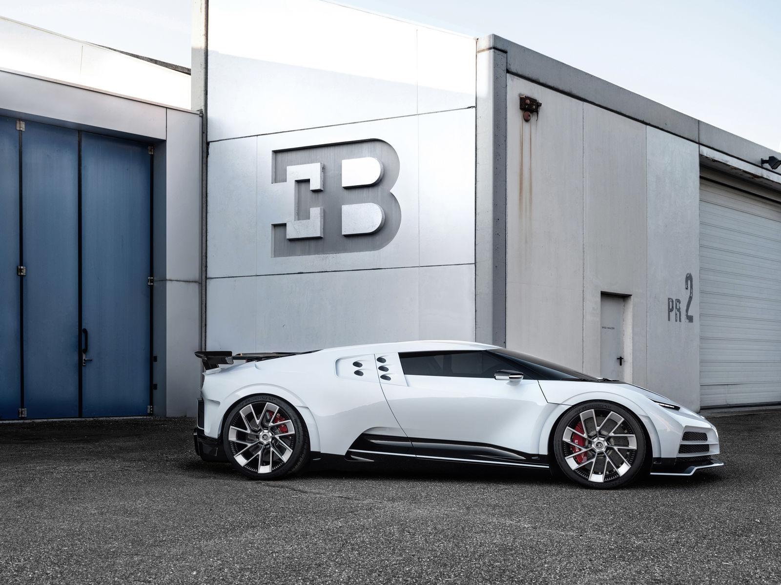 Bugatti Centodieci, l'hommage particulier à l'EB110
