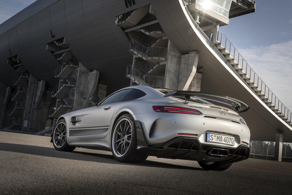 Mercedes AMG GT R PRO, diffuseur arrière en carbone