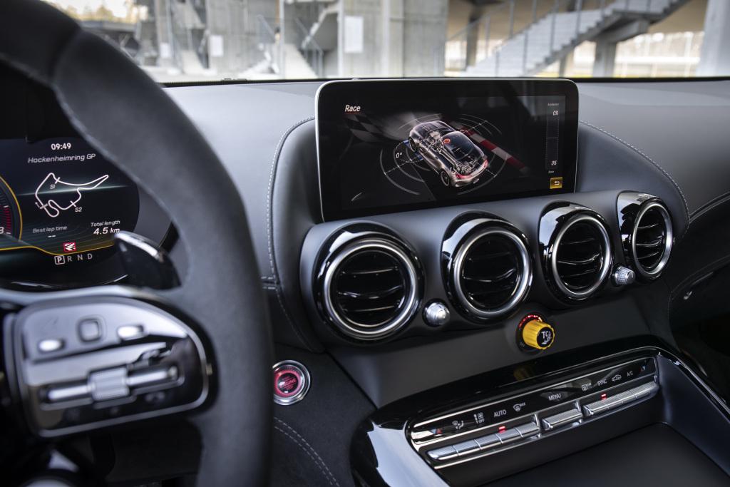 Mercedes AMG GT R PRO, une vraie pistarde