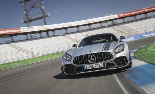 Mercedes AMG GT R PRO, rigide comme il faut