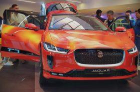Jaguar I-Pace, champagne et petits-fours.