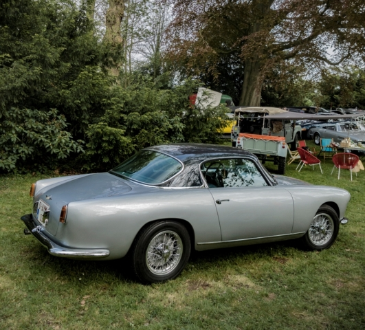 Alfa Romeo Touring - Belles autos, bons amis et bonne musique le 1er mai à Cassel
