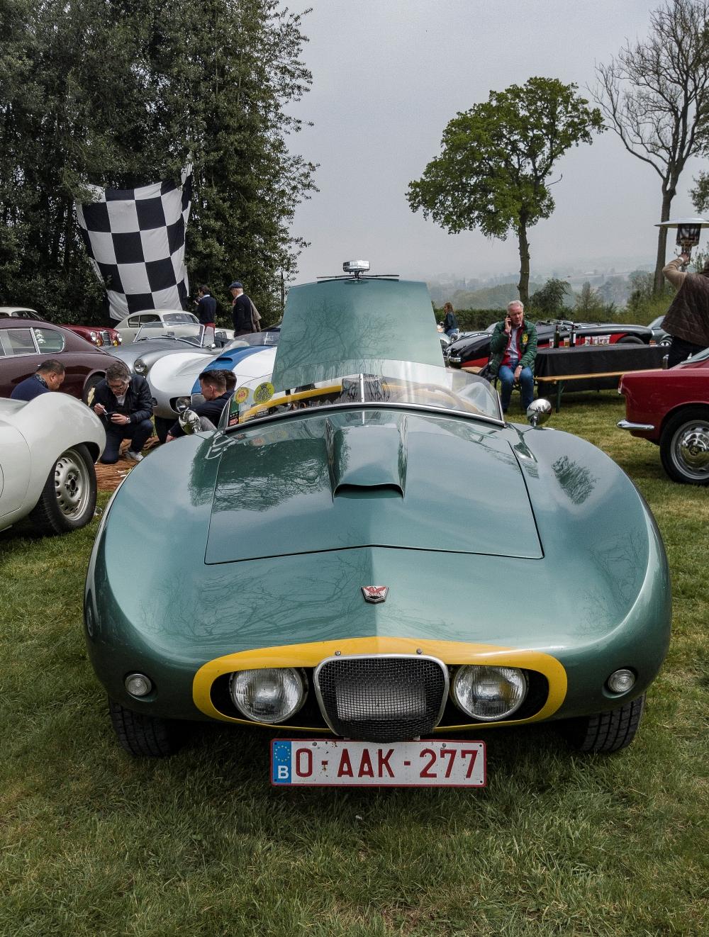 Arnolt Bristol - Belles autos, bons amis et bonne musique le 1er mai à Cassel