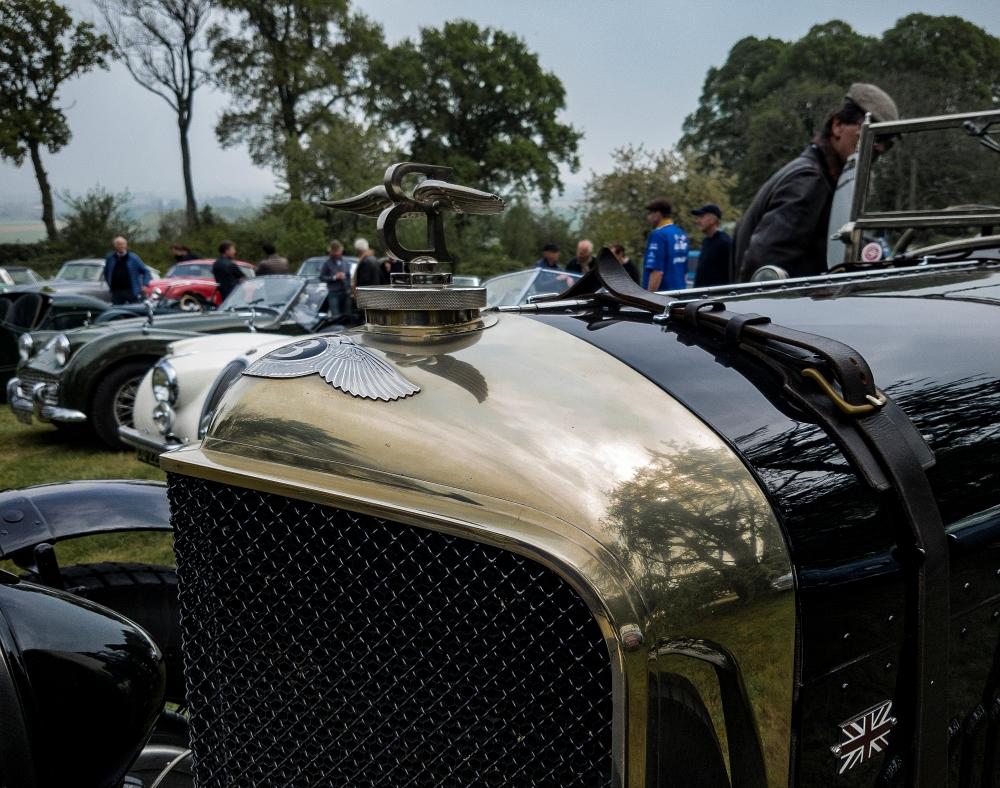 Bentley, emblème - Belles autos, bons amis et bonne musique le 1er mai à Cassel