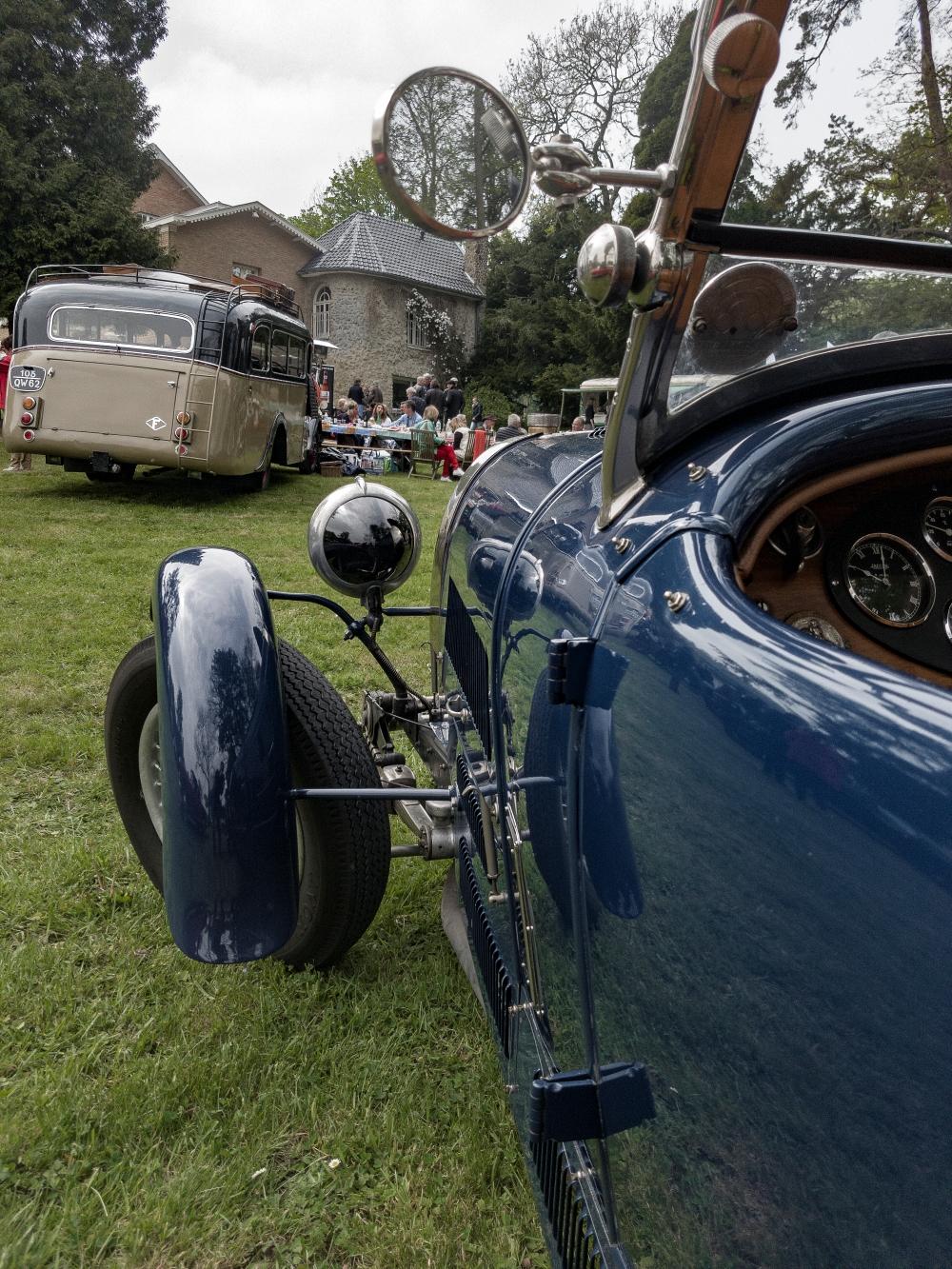 Bugatti - Belles autos, bons amis et bonne musique le 1er mai à Cassel