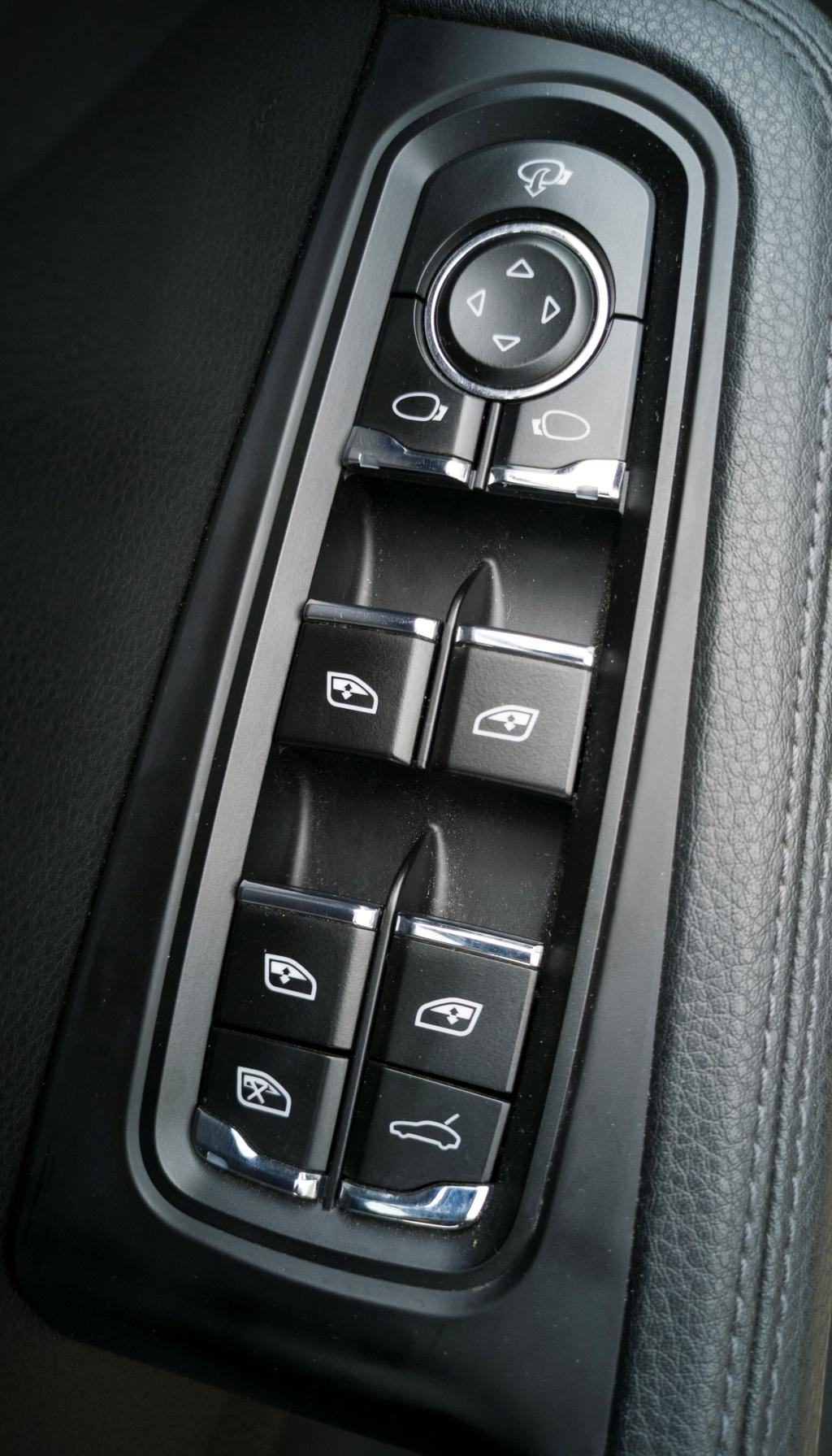 Commandes portières Porsche Macan S