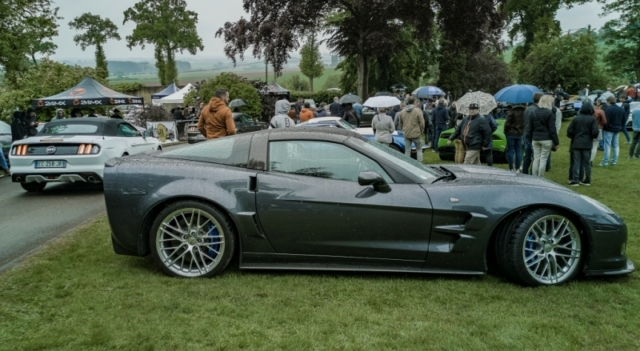 Corvette ZR1 et Ford Mustang