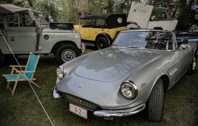 Ferrari 330GTC et Range Rover Defender, en campagne - Belles autos, bons amis et bonne musique le 1er mai à Cassel