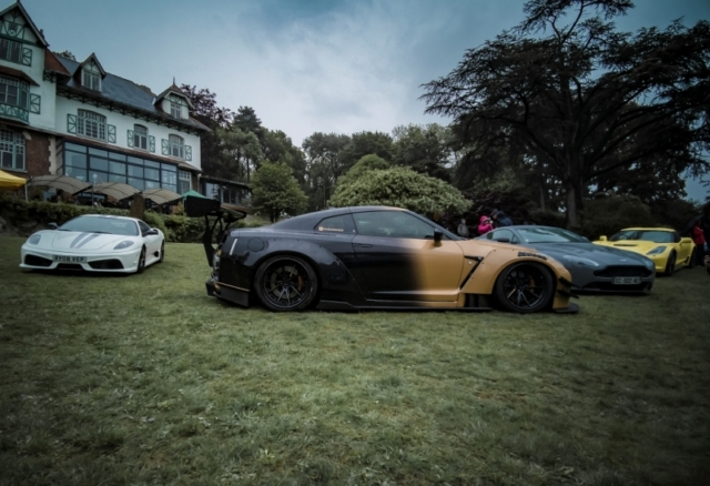Ferrari Scuderia et Nissan Godzilla