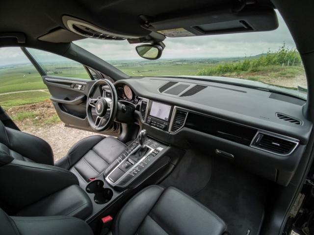 Intérieur Porsche Macan S comme neuf