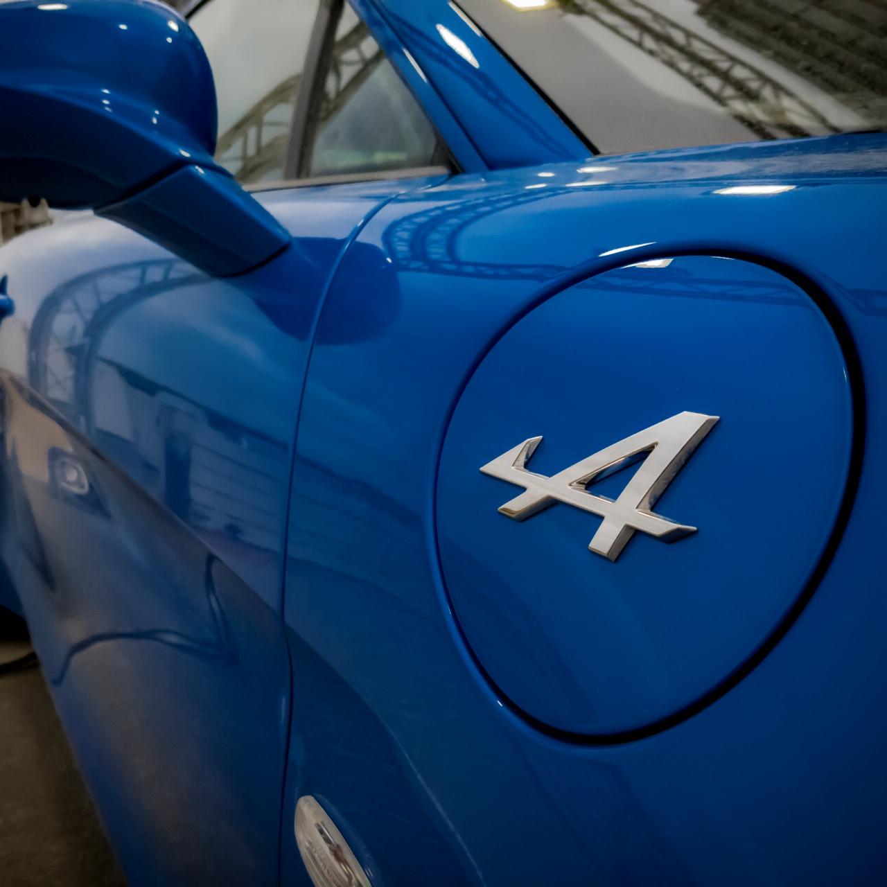 Alpine et son logo reconnaissable entre tous