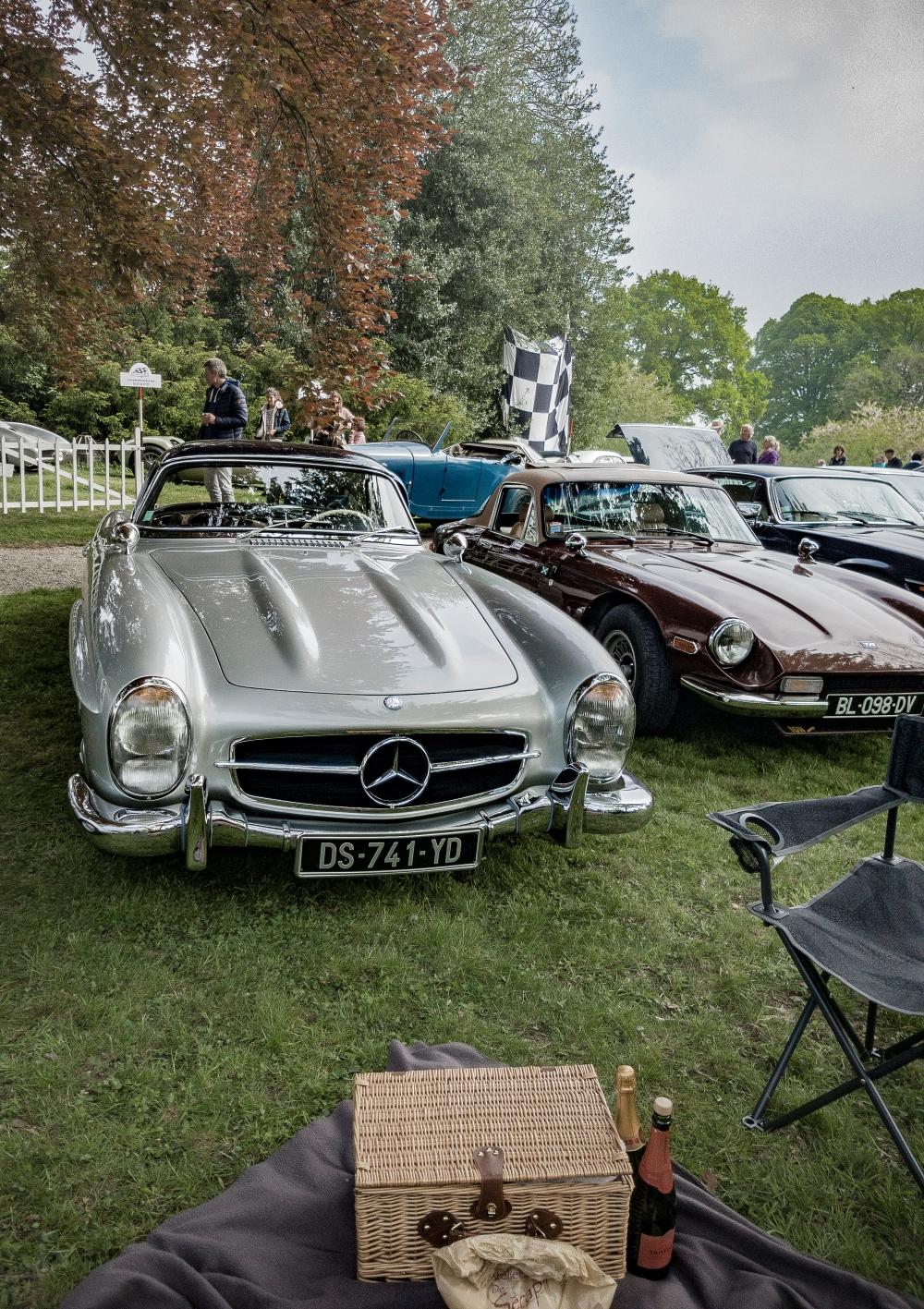 Mercedes 300sl et TVR 2500M - Belles autos, bons amis et bonne musique le 1er mai à Cassel