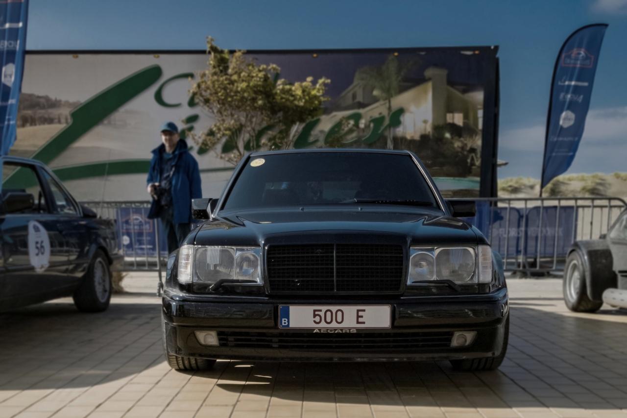 Mercedes E500, V8 de 326 chevaux, assemblée chez Porsche à 8 exemplaires par jour