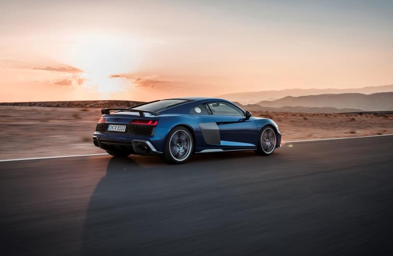 Des lignes plus affûtées et une puissance en hausse pour la nouvelle Audi R8 V10