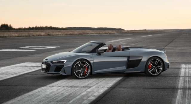 L'Audi R8 V10 Performance Quattro se vit sans toit