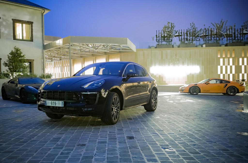 Portrait de famille Porsche Macan S et GT3 RS au Royal Champagne
