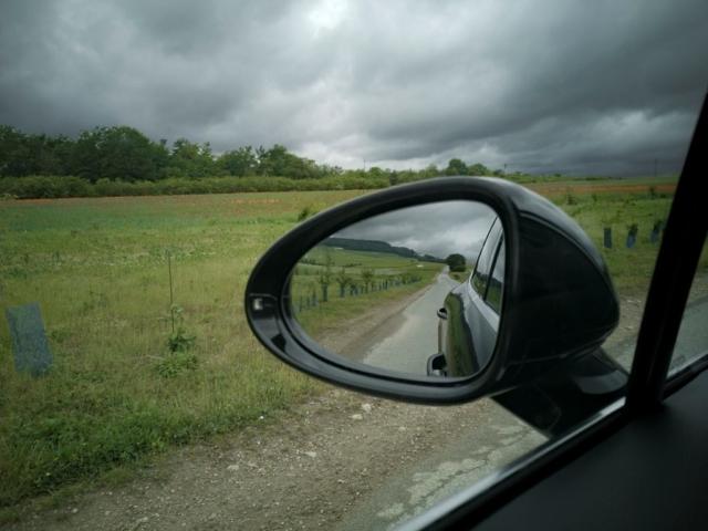 Dans le rétroviseur du Porsche Macan S