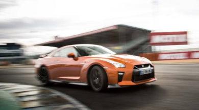 Supertest Nissan GT-R 2017 par le magazine Sport Auto