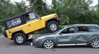 Une Audi et une Kia ne font pas le poids face à un Land Rover Defender