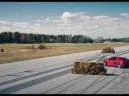 Pub : Audi R8 V10 Plus à la sauce suédoise