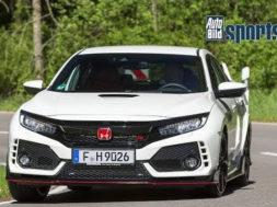 En (auto)route avec la nouvelle Honda Civic Type R