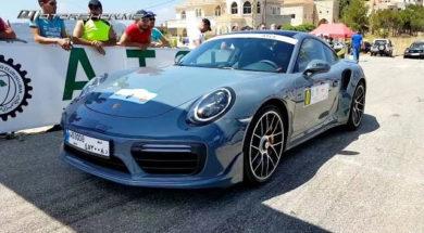 Une Porsche 911 Turbo S au pays du cèdre