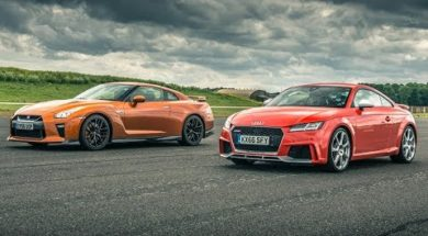 DRAG RACE Audi TT RS contre Nissan GT-R