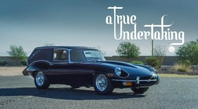 La Jaguar Type-E corbillard du film Harol et Maude ressuscité