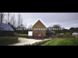 Le Land Rover Defender Works V8, le revenant