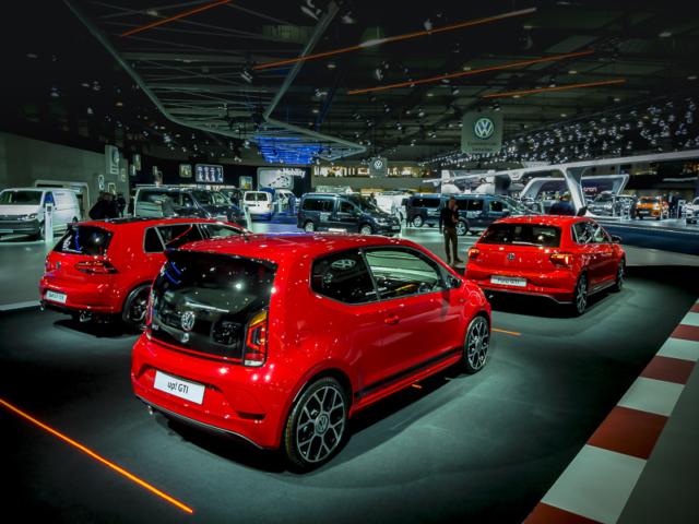 Le rouge est mis chez Volkswagen pour la gamme GTI au salon de l'auto de Bruxelles 2019