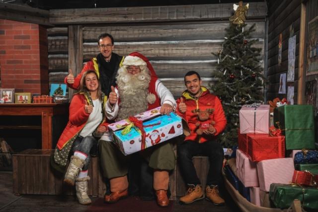 LA rencontre avec le Père Noël, la remise des lettres, mission accomplie