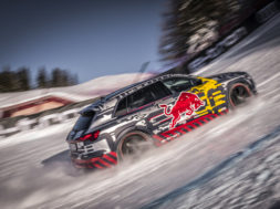Audi E-Tron, le défi de la montagne Mattias Ekström