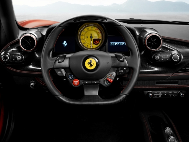 Ferrari F8 Tributo, volant multifonction