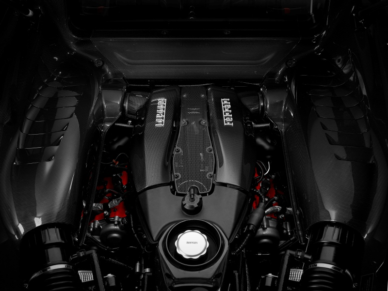Ferrari F8 Tributo, 185 ch/litre, 720 chevaux avec un V8 3.9 litres