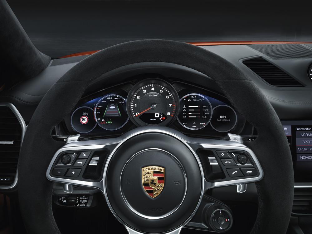 Porsche Cayenne Coupé, tableau de bord