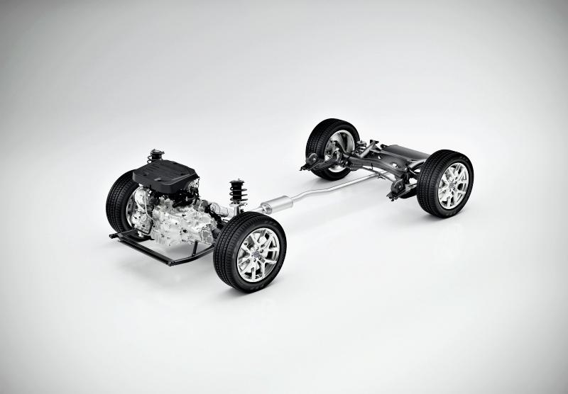 Moteur essence de 3 cylindres et moteur électrique, résultat 262 chevaux