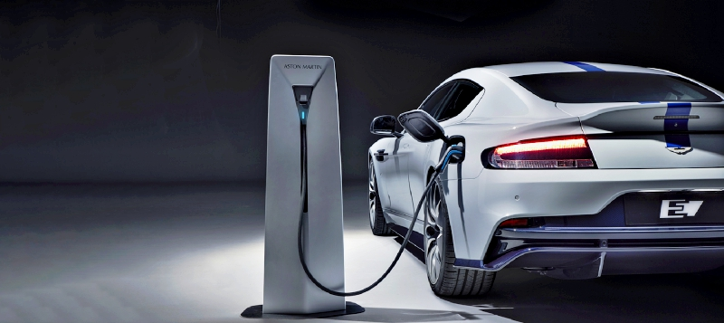 La prochaine Aston Martin Rapide E ne verra jamais une pompe à essence...