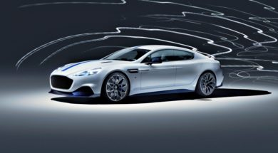 Aston Martin Rapide E sous tension