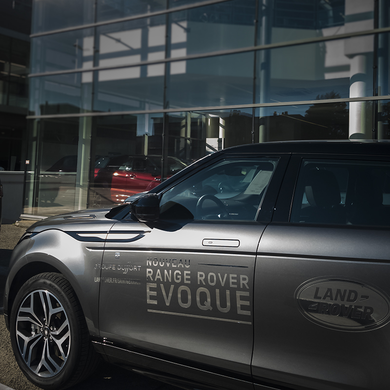Range Rover Evoque et la concession de Port-Marly du groupe Duffort