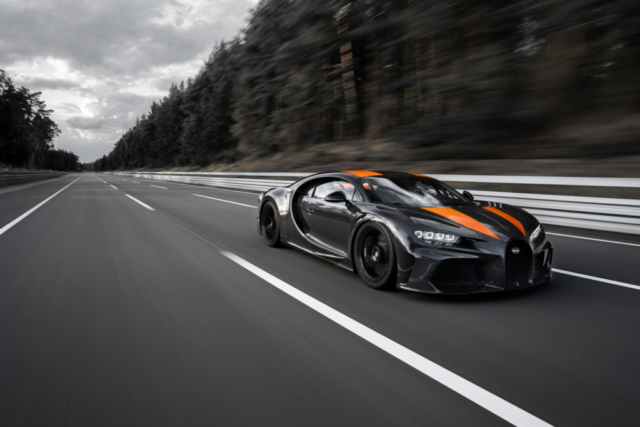 Bugatti Chiron : 490,484 km/h. Ça, c'est fait !